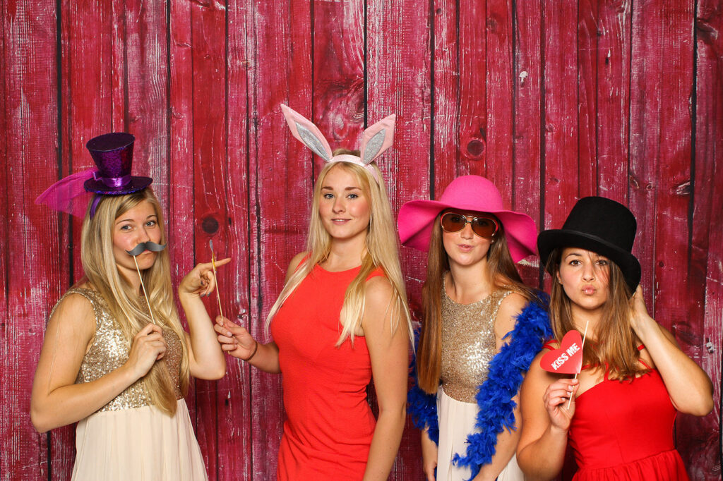 photo booth rental philadelphia red barn backdrop